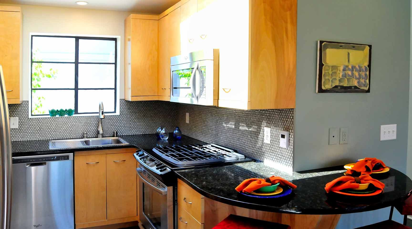 vibrant-kitchen