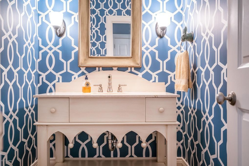 Louisville Interior Design, Louisville Home Staging, Louisville powder room design, powder room wallpaper, vanity lighting